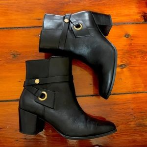 Anne Klein black leather ankle heeled booties